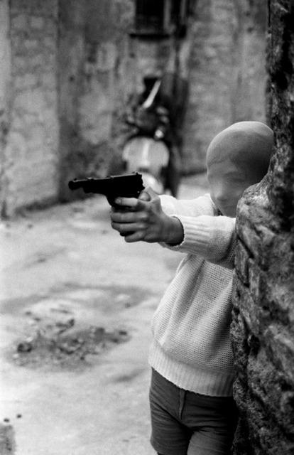 , 'Palermo, 1982. Vicino alla Chiesa di Santa Chiara. Il gioco del killer.,' 1982, CARDI GALLERY
