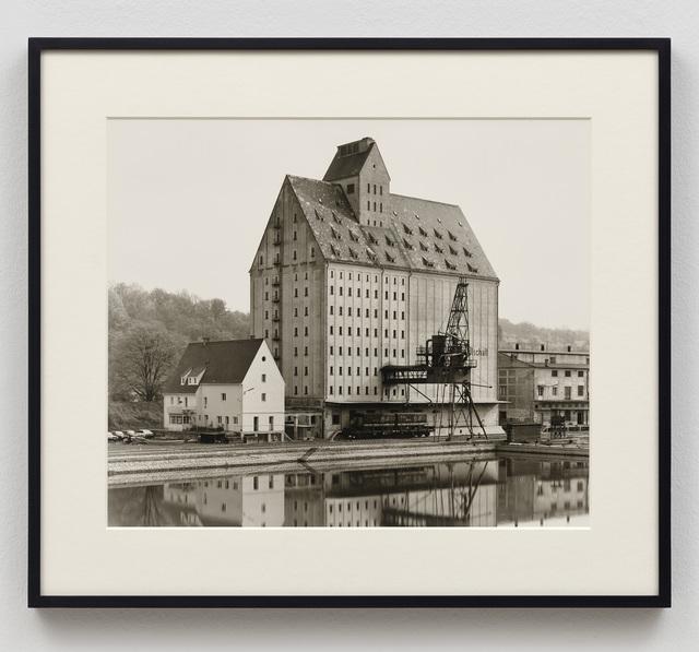Bernd and Hilla Becher, 'Getreidesilo, Passau, D', 1988, Ludorff
