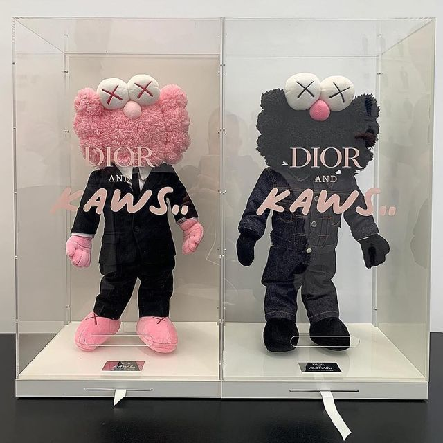 KAWS, 'DIOR x KAWS Plush BFFs (Set of Pink and Black)', 2019, 5ART GALLERY