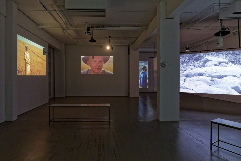 Installation view NARRATION by Thomas Taube, 6-channel video installation © Thomas Taube, photo: Dotgain.info