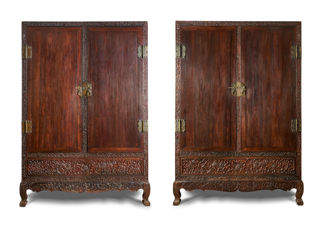, 'Pair of cabinets,' Early 17th century, Liang Yi Museum