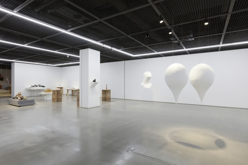 Installation view of Endless Column