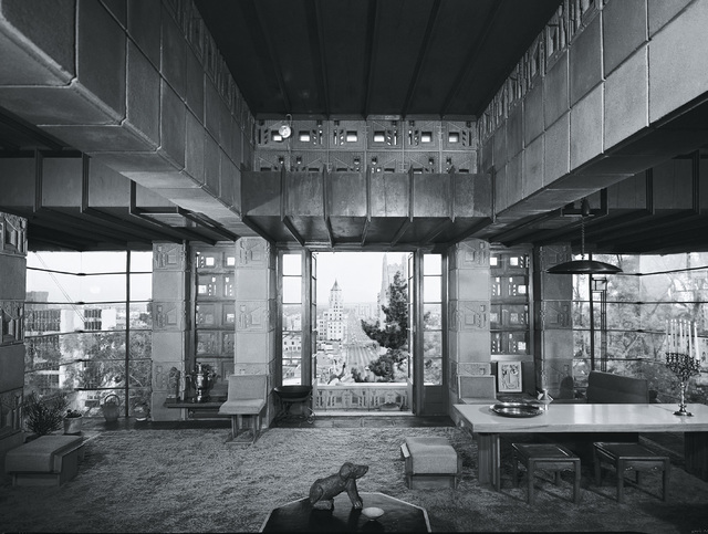 , 'Frank Lloyd Wright, Freeman House, Los Angeles, California,' 1999, TASCHEN