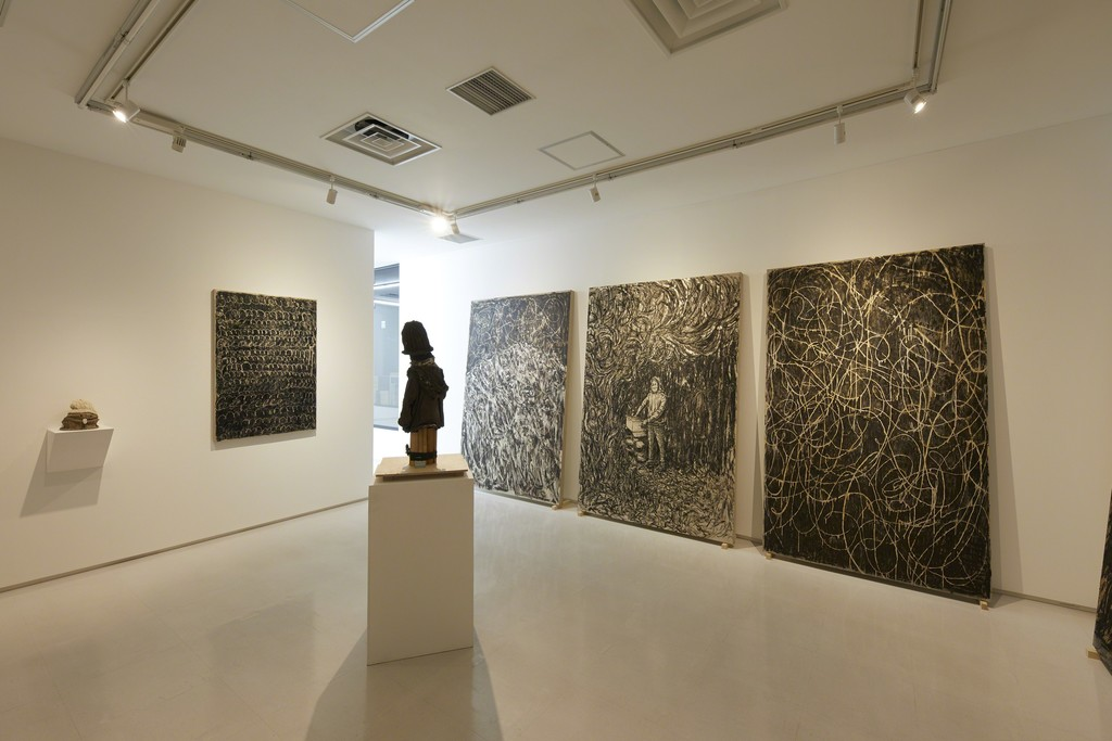 """Installation view from """"Thorn of Comfort"""" 8/ ART GALLERY/ Tomio Koyama Gallery, 2017 ©Tomio Koyama Gallery, photo by Kenji Takahashi"""