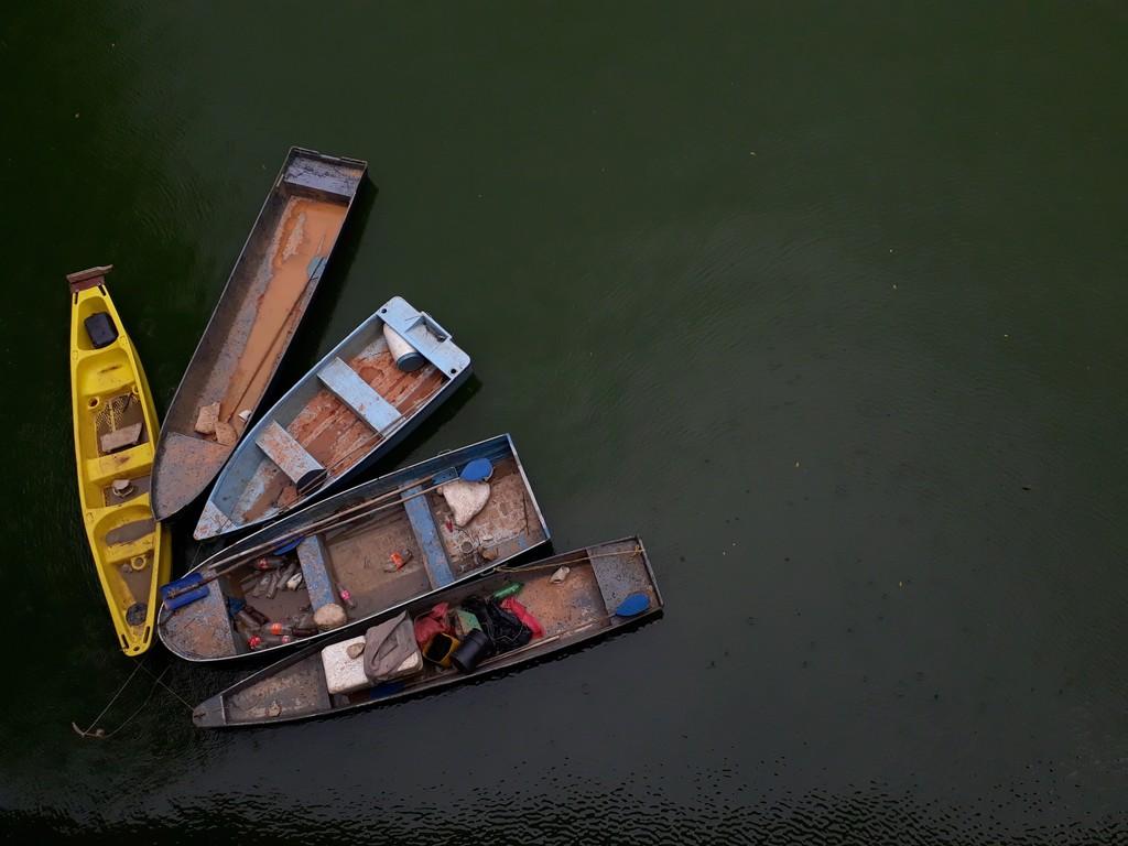 Lanchas, Oda al río. Melissa Pareja.