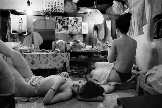 Werner Bischof, 'JAPAN. Tokyo. Striptease club.', 1951, Magnum Photos
