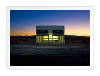 Prada Marfa, Night