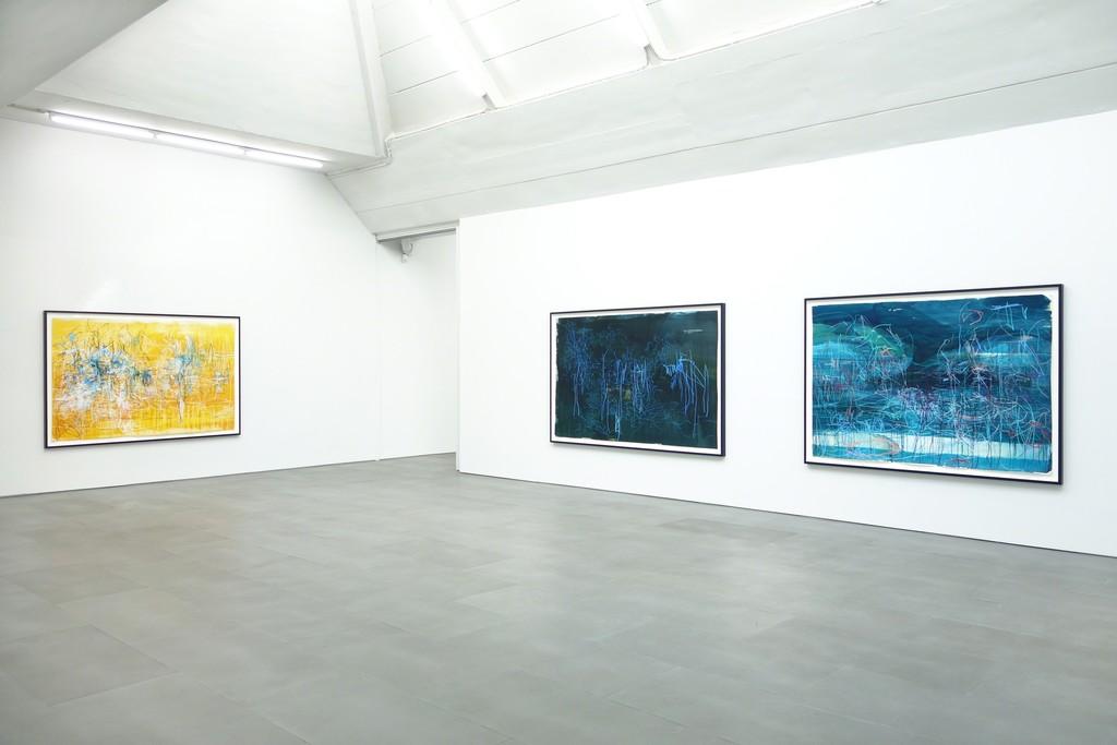 Janina Tschäpe | Fernweh Exhibition view at carlier | gebauer, 2015