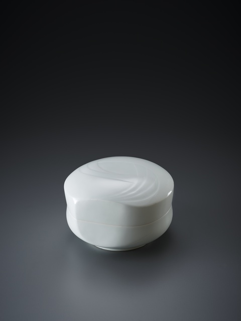 , 'Sculpted Blue-White Porcelain Lidded Box with Flowing Pattern,' 2018, Onishi Gallery