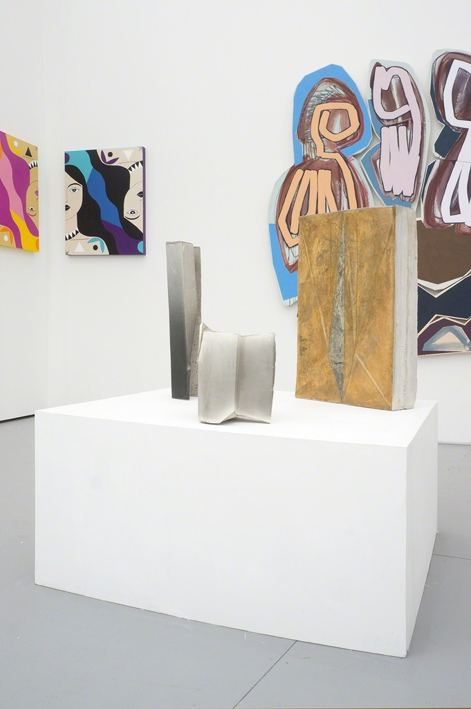 Installation view of booth B6. Caris Reid (paintings left), Justine Hill (paintings right), Nikolai Ishchuk (sculptures).