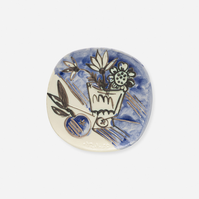 Pablo Picasso, 'Bunch with Apple plate', 1956, Design/Decorative Art, White earthenware clay, decoration accentuated with oxidized paraffin, oxides under glaze, Rago/Wright