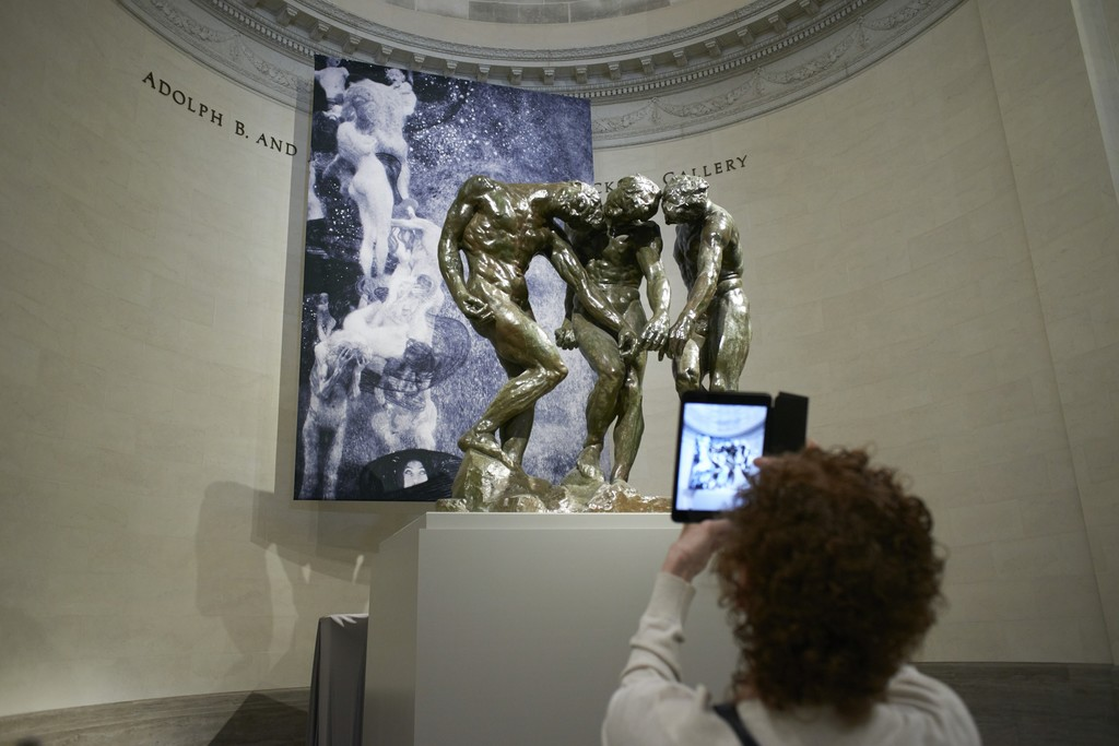 "Installation of ""KLIMT & RODIN: An Artistic Encounter"" at the Legion of Honor, through January 28, 2018"