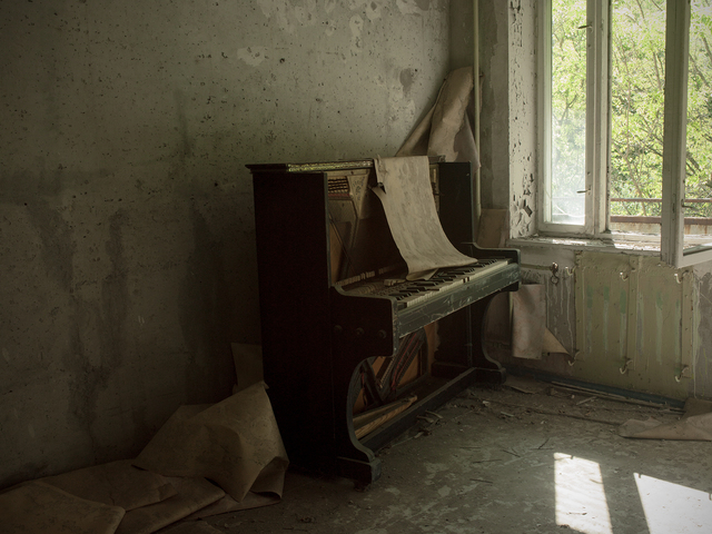 , 'Field note 09-05-16-1 (Interior Pripyat, Chernobyl), from the series From the Pit of Et Cetera,' 2013-2016, Dürst Britt & Mayhew