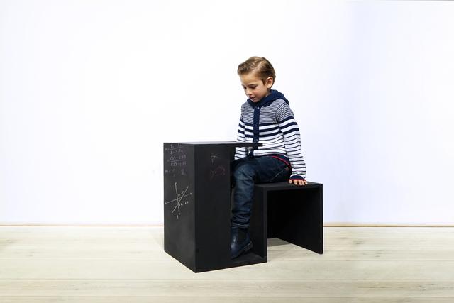 , 'Tisch Stuhl Hause Kreide,' 2015, kinder MODERN