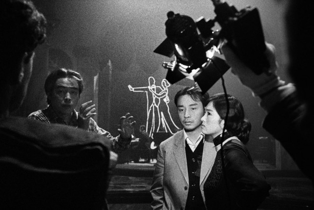 Patrick Zachmann, 'On the set of the film the Temptress Moon, Gong Li & Leslie Cheung directed by Chen Kaige', 1995, °CLAIRbyKahn Galerie