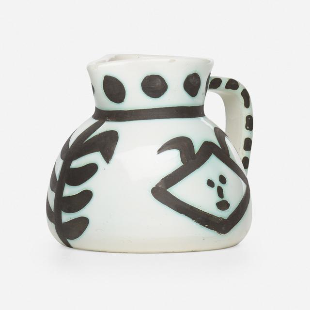 Pablo Picasso, 'Têtes pitcher', 1956, Textile Arts, Glazed earthenware with oxidized paraffin decoration, Rago/Wright