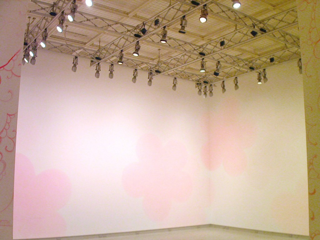 "reference image |solo exhibition ""Pink Vacancy"" 2004 (Shiseido Gallery/Tokyo)"
