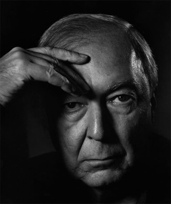 a biography of yousuf karsh an american canadian portrait photographer