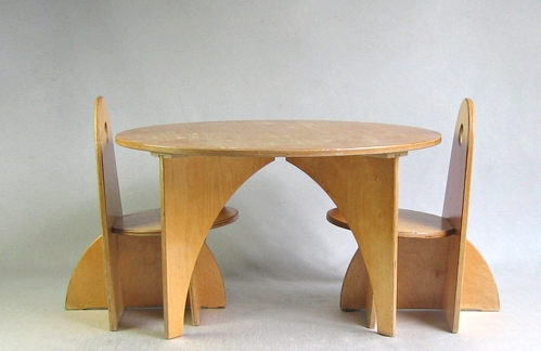 , 'Playtable & Chairs,' 1950, kinder MODERN