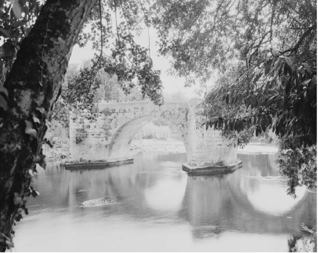 , 'Combray (Bourdeilles),' 24, KEWENIG