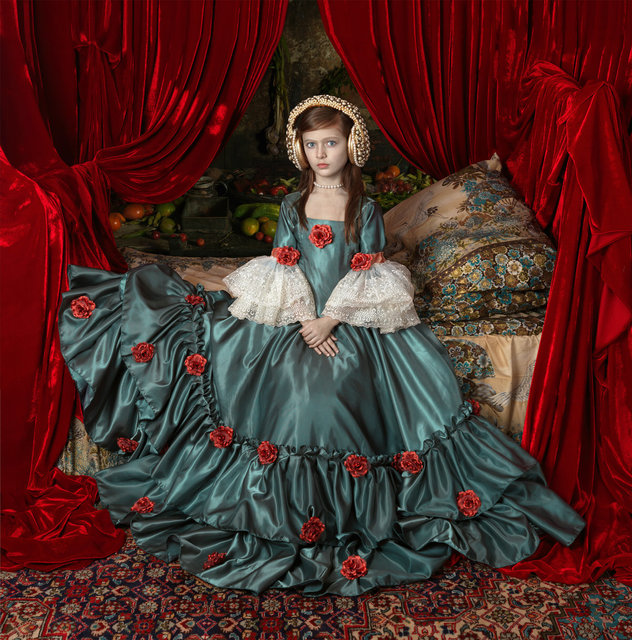 , 'Maria 18 (Série Iconos),' 2014, Zipper Galeria