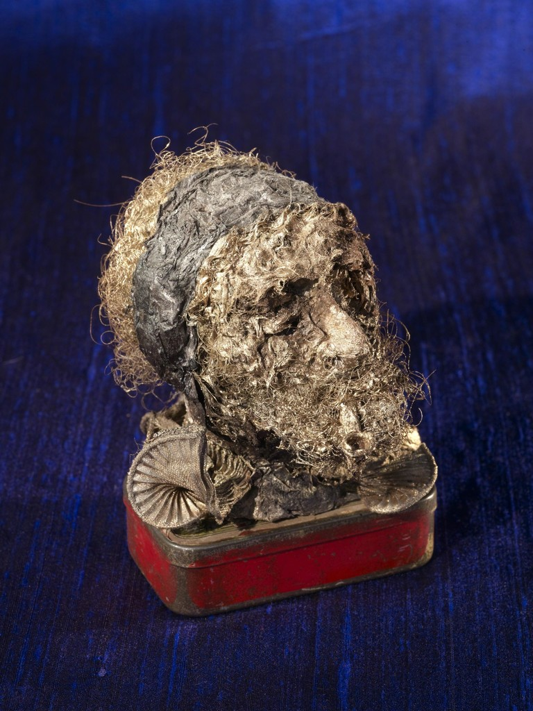 Van gogh lacerated ear with bandage and pipe