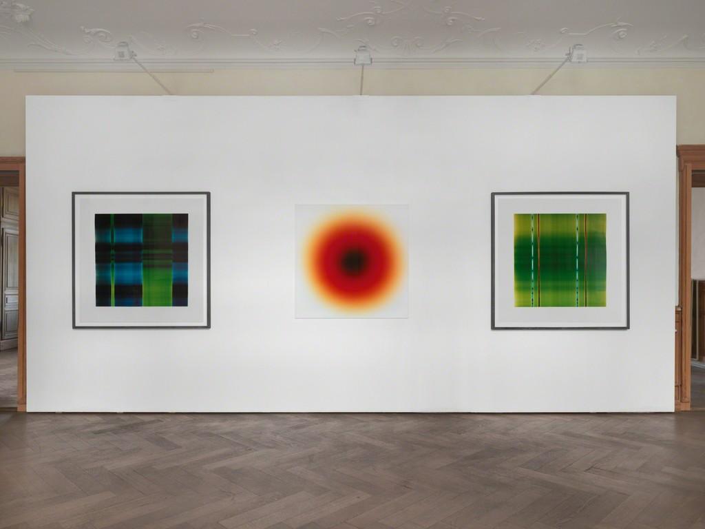 Installation view, Karl Martin Holzhäuser: Lichtmalerei (light painting), SCHEUBLEIN + BAK, 2016