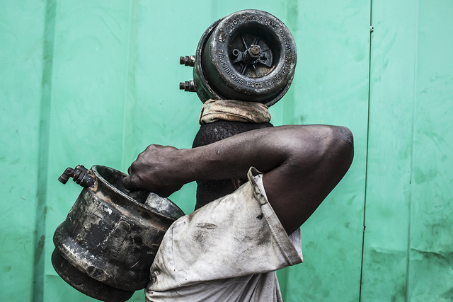 , 'Avancer / city mines,' 2014, Felix Frachon