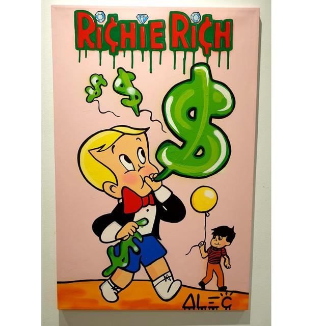 c9b84c2f4ef4  Richie Rich Blowing Dollar Balloon