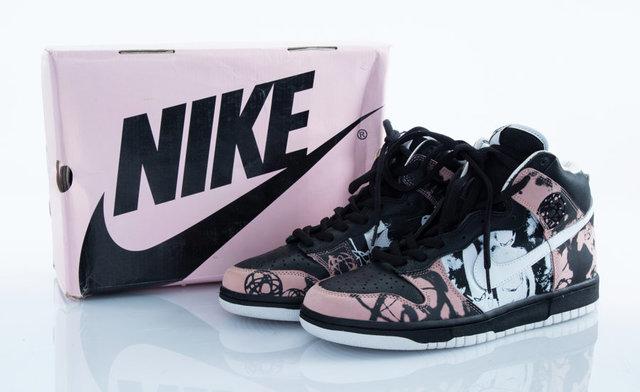 hot sale online cd262 f1782 Nike, U.N.K.L.E. | Dunk High Pro SB | Artsy