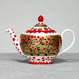 The Me that I Adore Teapot