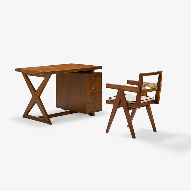 Tremendous Pierre Jeanneret Administrative Desk And Library Chair Uwap Interior Chair Design Uwaporg