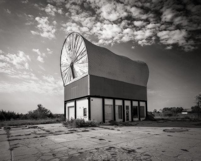 , 'World's Largest Covered Wagon, Milford, Nebraska,' , Soho Photo Gallery