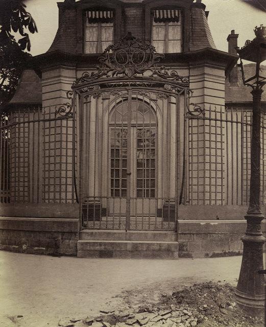 , 'Grille de l'ancien pavillon de chasse de Philippe-Égalité (Hospice Debrousse), 148 rue de Bagnolet. Paris 20,' 1900/1900, Contemporary Works/Vintage Works