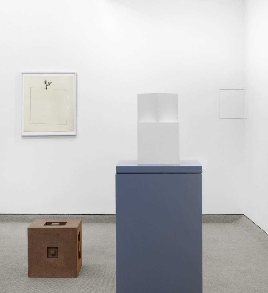From left to right  Liliana Porter, Erwin Heerich, Sol LeWitt and Fred Sandback.