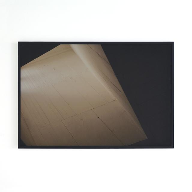 , '001, série Ceiling Ouro Preto,' 2013, Carbono Galeria