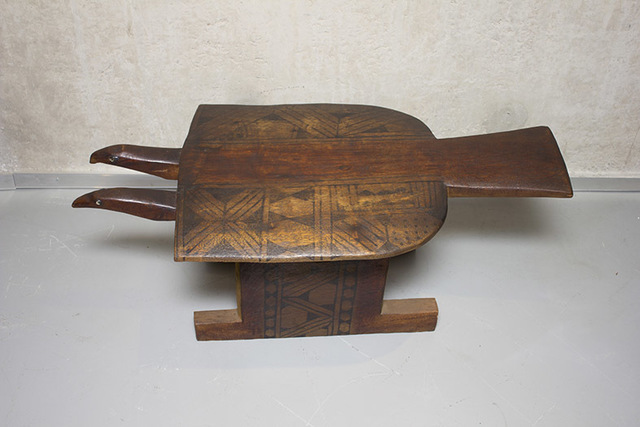 , 'Bench Two headed Hawk,' , Espaço 670