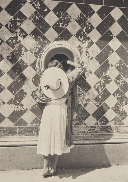 Manuel Álvarez Bravo, 'La hija de los danzantes (daughter of the dancers), Cholula, Puebla', 1933, Phillips