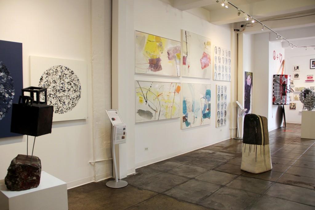 Barbara Kolo, Greet Helsen, Bernhard Zimmer artworks, Michael Habicht sculptures