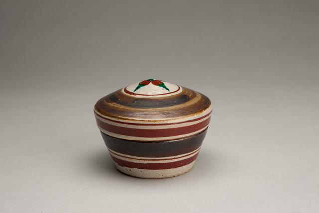 Shinsaku Hamada, 'Lidded box, salt glaze with hakeme and akae decoration', Other, Stoneware, Pucker Gallery