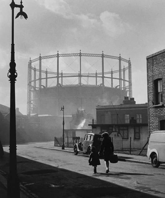 , 'London, Nine Elms,' 1958, Peter Fetterman Gallery