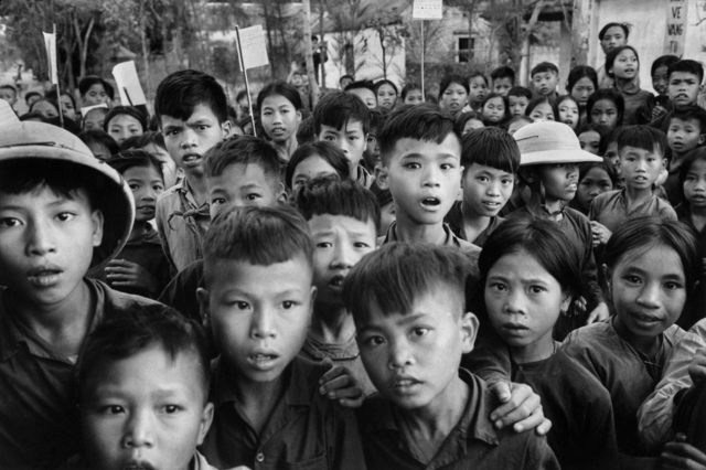 , 'Sortie d'école, Vietnam Nord, 1969,' 1969, Galerie Arcturus
