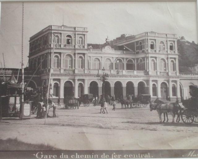 , 'Gare du chemin de fer central, Rio de Janeiro,' ca. 1885, Fólio Livraria