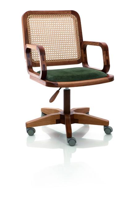 , 'Cadeira GIR com braço,' 2005, Llussá Marcenaria