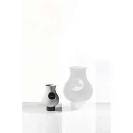 Tokonoma - Artist's proof, Vase