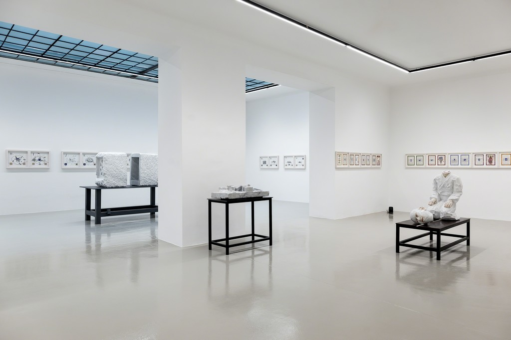 Installation View: Markus Redl, MUDRAS, Galerie Lisa Kandlhofer, 2017/18