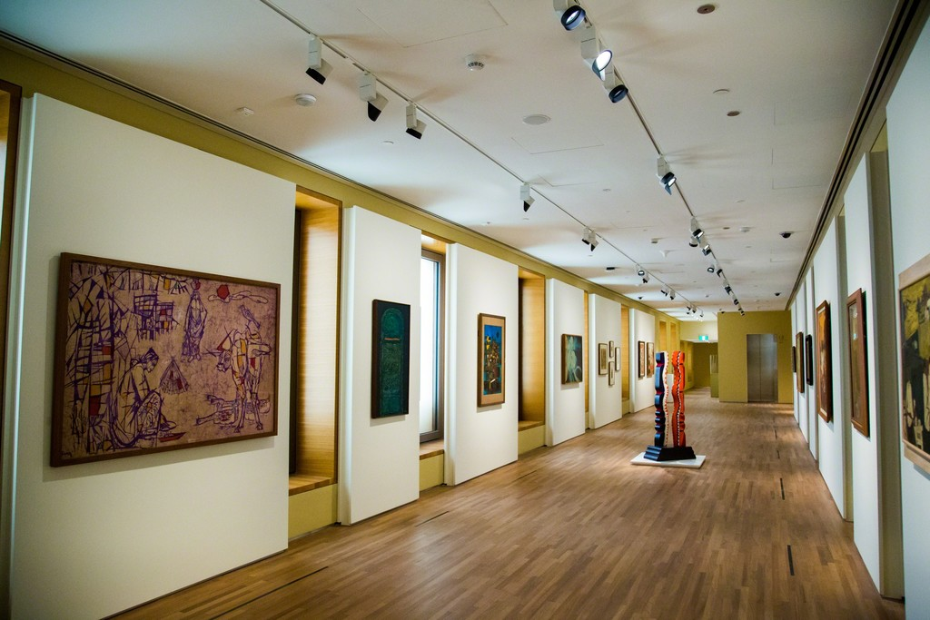"Installation view, ""Between Declarations and Dreams: Art of Southeast Asia Since the 19th Century"" at National Gallery Singapore (2016). Image courtesy of National Gallery Singapore"