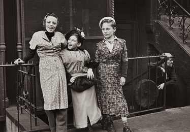 New York (three girls play dress up)