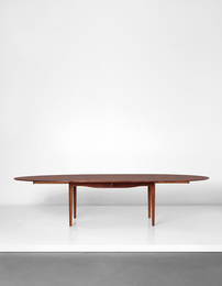 Rare and large extendable dining table, model no. FJ 49 T