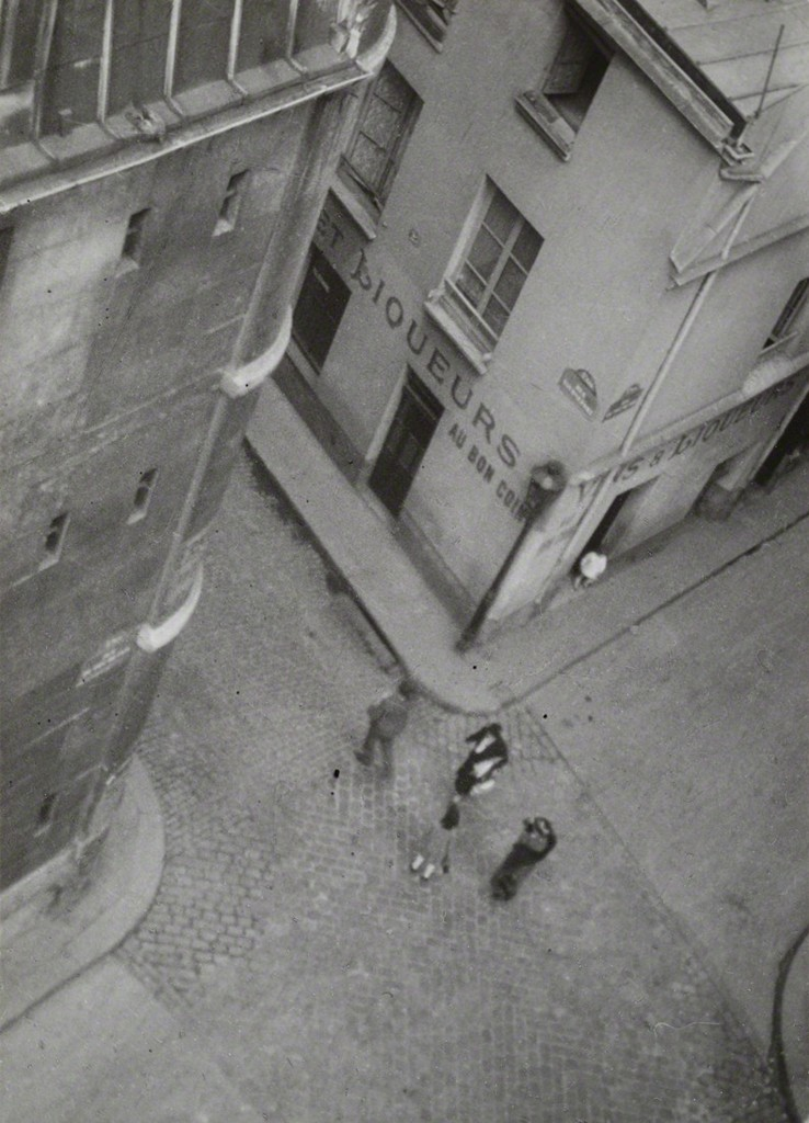 Germaine Krull, 'Au bon coin, Paris (At the right corner, Paris),' 1929, Jeu de Paume